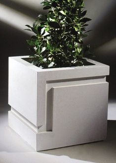 Meander Contemporary Stone Planter
