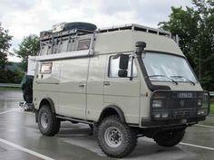 VW off road - camper Vw Lt Camper, Camper Van Life, Off Road Camper, Truck Camper, Volkswagen Bus, Vw Lt 4x4, Motorhome, Iveco 4x4, Vw Modelle