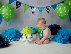 Turquoise, Navy, and Lime Green Cake Smash » photo blog