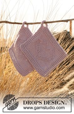 Search all Patterns - Free knitting patterns and crochet patterns by DROPS Design Dishcloth Knitting Patterns, Crochet Potholders, Crochet Dishcloths, Knit Or Crochet, Knitting Stitches, Knitting Yarn, Free Knitting, Crochet Patterns, Drops Design