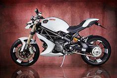 Ducati Monster 1100 Evo Bulgari custom Vilner kit