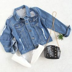 Effortlessly cool & casual. There's nothing better than a perfect, broken-in denim jacket! #jackets #streetstyle #outfits #romwe