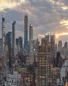New York Life, Nyc Life, City Aesthetic, Travel Aesthetic, Beige Aesthetic, Places To Travel, Places To Visit, City Vibe, Photocollage