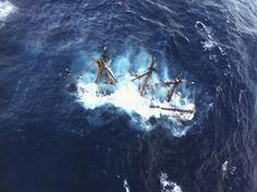 Potápějící se replika historické lodi HMS Bounty, kterou bouře Sandy zastihla u pobřeží Severní Karolíny.