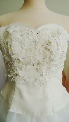 Praha, Lace Wedding, Wedding Dresses, Fashion, Simple Lines, Bride Dresses, Moda, Bridal Gowns, Fashion Styles
