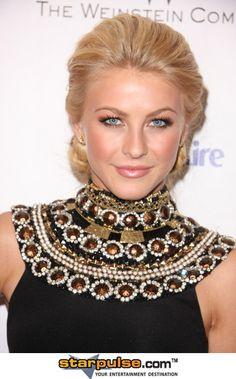 Julianne Hough.  Makeup for blonde hair, blue eyes.