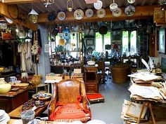 *small gasp* Oh, the wonderful time I'd have in this Antique shop in Normandy, France........