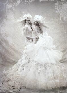 wedding dresses tex saverio artistic design The Dress as art   Tex Saverio's artistic dresses