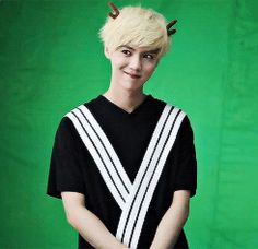 this photoshoot of luhan is precious (4/4)
