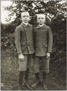 """""""Brothers"""", 1920, photo: August Sander (1876-1964)"""