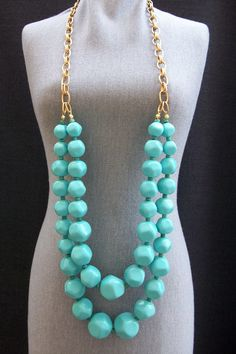 Yet another piece of turquoise jewelry I love.