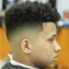 30 ultra cool high fade haircuts for men 27 fade haircuts for men 25 best high top fade haircuts to … Cool Hairstyles For Men, Black Men Hairstyles, Hairstyles Haircuts, Wedding Hairstyles, Medium Hairstyles, Amazing Hairstyles, Curly High Top Fade, High Top Fade Haircut, Low Fade