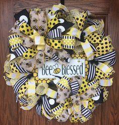 Bee Wreath, Bee Blessed Wreath, Summer Reath, Everyday Wreath, Bumbee Wreath, Bee Door Decor, Bee Decor, Deco Mesh Wreath