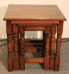 Quality Nest of 3 Solid Medium Oak Side Tables turned legs view shop