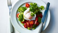 BBC - Food - Recipes : Pan-fried bacon with poached egg and balsamic tomatoes