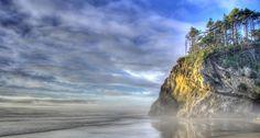 Oregon Coast. This is just beautiful.  le sigh