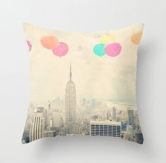 balloons-over-city-lg.jpg