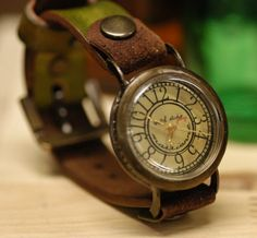 Love this vintage watch!!!