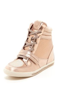 Frankies Wedge Sneakers//
