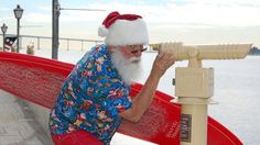 Santa Makes His Big, California-Style Water Arrivals