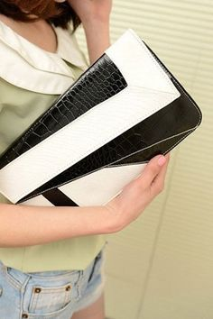 Black & White Color Block Alligator Grain PU Rectangular Clutch Bag