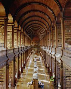 Trinity College Dublin (Library)