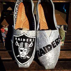 Customized women's Toms Oakland Raiders size 7.