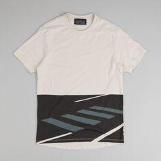 df7c7ebb4717d Levi s® Commuter Graphic T-Shirt - Beige