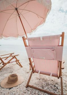 Baby Pink Aesthetic, Beach Aesthetic, Aesthetic Colors, White Aesthetic, Aesthetic Pictures, Bedroom Wall Collage, Photo Wall Collage, Pink Beach, Pink Summer