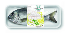 mousegraphics - Kefalonia Fisheries — World Packaging Design Society / 世界包裝設計社會 / Sociedad Mundial de Diseño de Empaques Packaging Awards, Cool Packaging, Food Packaging Design, Packaging Design Inspiration, Brand Packaging, Branding Design, Food Inspiration, Sea Bass, Label Design