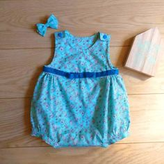 Newborn baby romper only 16 euro at kelakarclothing.etsy.com! Perfect affordable gift for a baby shower! #handmade #babyromper #babyplaysuit #babyonesie #etsyantwerp #meetetsyantwerp #madeinantwerp #madeinbelgium #babyshower #babyshowergift #cheapclothes #cheapbabyclothes #cheapbabystuff #cheapbabyclothing #affordable #affordablehandmade #affordablehandmadeitems