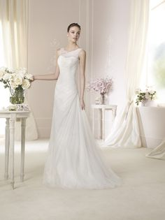Looking to rent or buy designer bridal gowns and lace wedding dresses in Singapore . Blessed Brides carries Pronovias White one and La Sposa Collections. Lace Wedding Dress, 2015 Wedding Dresses, Bridal Dresses, One Shoulder Wedding Dress, San Patrick, Designer Wedding Gowns, Bridal Salon, The Dress, Pretty Dresses