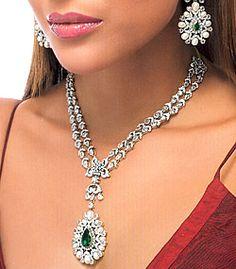 J644 Diamond like zircons and gemstones Diamond Like