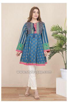 Girls Dresses Sewing, Stylish Dresses For Girls, Stylish Dress Designs, Frocks For Girls, Simple Dresses, Short Dresses, Baggy Dresses, Pakistani Fashion Casual, Pakistani Dresses Casual