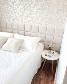 Interesting one by toarquitetura #homedesign #contratahotel (o) http://ift.tt/2087L38 de madeira cabeceira almofadada e papel de parede! Tons neutros que acalmam a alma! Bons sonhos #boanoite #goodnight #inspired #quarto #home #homedecor  #aconchego #luxury #decorating #decoração #decora #decor #detalhes #details #ambientesdecorados #interiordesign #design #cool #cooldecor #arquitetura #architecture #arquiteta #toarquitetura #indaiatuba #indaiatubasp #campinas #campinassp #saopaulo #sp