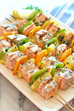 How to make homemade marinade recipes? By My General Store - [ - Salad Recipes Healthy Barbecue Recipes, Grilling Recipes, Salmon Recipes, Fish Recipes, Side Dishes For Bbq, Wie Macht Man, Bruchetta, Healthy Salad Recipes, Kebabs