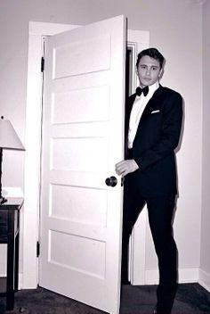 James Franco help! like take me to prom? marry me?? something damn