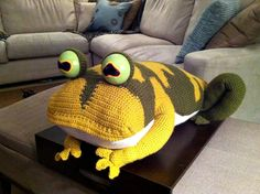 8 Wonderfully Creative Crochet Projects