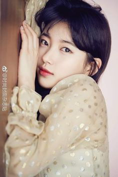 "Suzy ""Marie Claire"" Taiwan 2018 April 300th Issue"