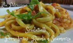 Share: Oggi a pranzo un primo piatto dal sapore mediterraneo… genuino, veloce e gustoso: gli scialatielli con pomodorini rucola e scamorza… Ho provato questa ricetta la prima volta quest'estate in vacanza… e, da allora, la faccio spesso perché piace proprio a tutti!!! Jamm ja'… Jamm a' cucina'!!! Lia Categoria: Primi piatti Ingredienti per 3-4 persone: 500 gr di scialatielli freschi … Continue reading →