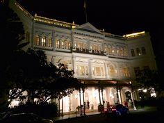 Raffles Hotel in the evening