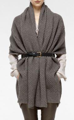 Belted chunky knit cardigan- like wearing a blanket! Fashion Mode, Love Fashion, Fall Winter Outfits, Autumn Winter Fashion, Mode Style, Style Me, Chunky Knit Cardigan, Sweater Scarf, Gray Sweater