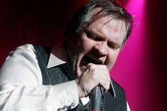 Meat Loaf: 'I talk to ghosts' 'Bat Out Of Hell' singer says he once confused a ghost for a groupie- Have heard it all now. (not surprised though) Meatloaf Singer, Meat Loaf, Ghosts, Confused, Hero, Random, Beef Cobbler, Meatloaf, Casual