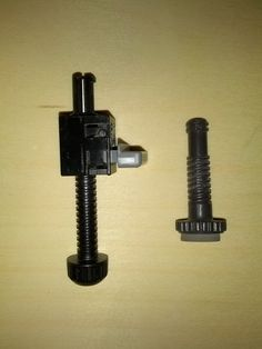 Epson Projector Front/Rear Feet EMP-83H, EMP-S5, EMP-S52, EMP-S6, EMP-W6, EMP-X5