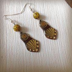 Boucles d'oreille style vintage bronze, viel or, miel, perles mouchetées