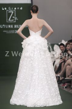 Jan 2014 - Z Wedding Bridal Runway #zwedding #bridalfashion #fashionrunway #runway #bridalrunway #fashionshow #bridalshowsg #bridalshow #bridalsg #weddingsg #wedding #chrisling #chrislingphotography #weddinggown #weddinggowns #gowns