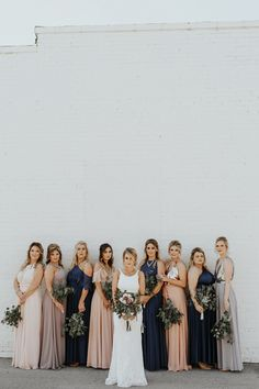 This couple's Pearl District Building wedding was a shimmering, elegant fusion of modern and earthy vibes and a mix of gold, silver, and rose gold accents Wedding Pics, Wedding Styles, Dream Wedding, Wedding Ideas, Fall Wedding, Wedding Posing, Wedding Wishes, Wedding Things, Wedding Hair