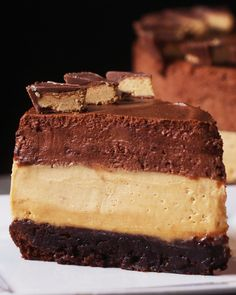 Chocolate Peanut Butter Mousse 'Box' Cake Recipe by Tasty - Dessert Recipes Box Cake Recipes, Cheesecake Recipes, Dessert Recipes, Pastry Recipes, Peanut Butter Mousse, Chocolate Peanut Butter, Molten Chocolate, Mint Chocolate, Chocolate Mouse