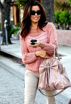 beautiful as ever! And i gotsa have that bag ! :)