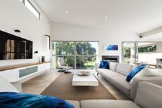 Contemporary luxury coastal home in Scarborough - Oswald Homes